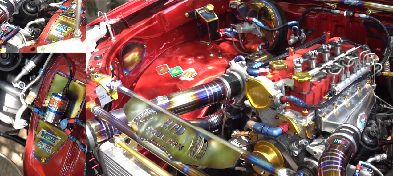 เครื่องยนต์เพิ่มความสวยด้วยสีแดงย่น ปิดฝาครอบด้วยงานไทเทเนียม เพิ่มมิติให้ดูดีมากกว่าเดิม ในส่วนของอินเตอร์ เลือกใช้อินเตอร์ของ PRC